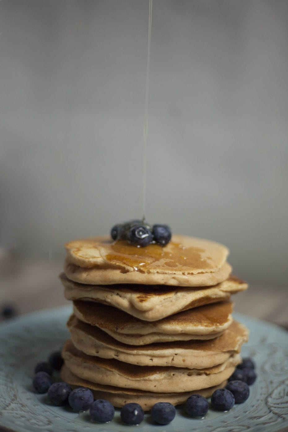 Fluffy Vegan Pancake Lentil Protein - Can you imagine a light, fluffy pancake without eggs or milk that contains extra protein? Yes, with this easy gluten-free, dairy-free & vegan pancake recipe