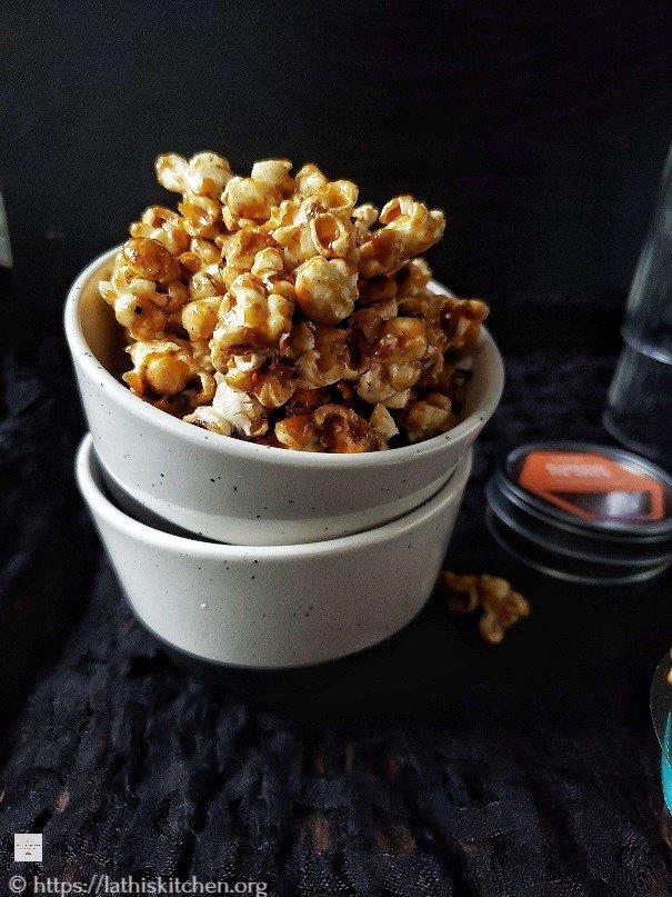 brown pumpkin spice popcorn